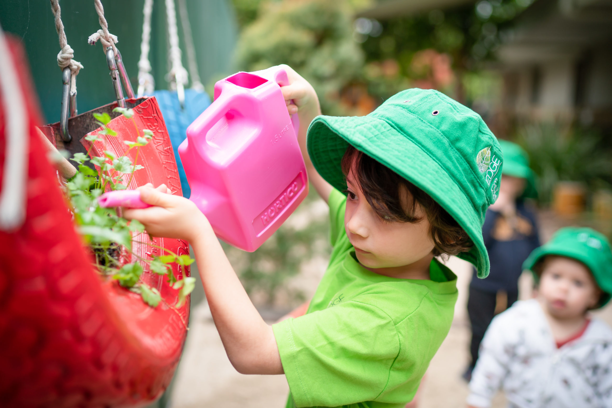Gardening with kids sustainably